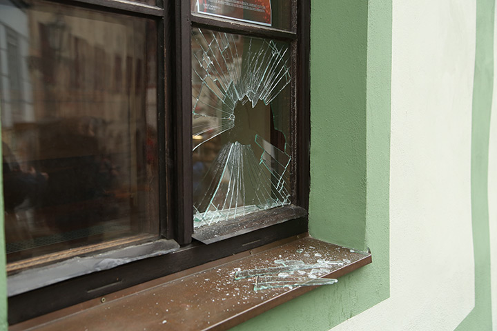 A2B Glass are able to board up broken windows while they are being repaired in White City.